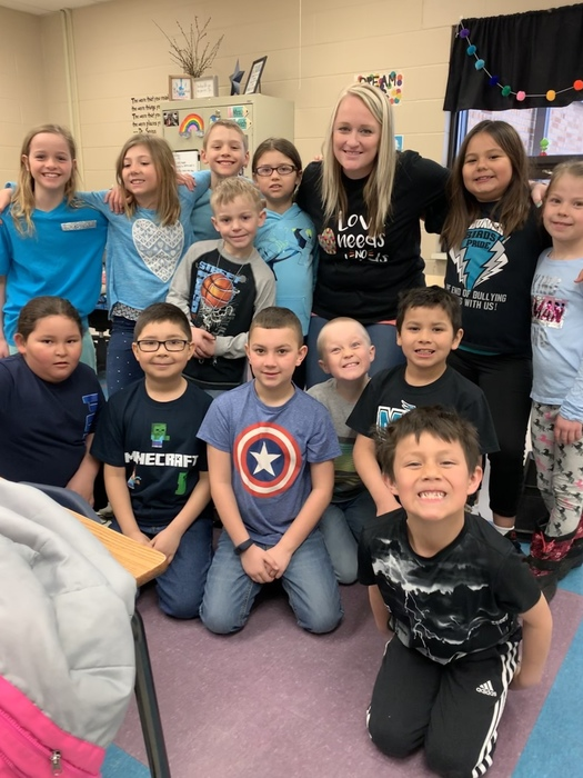 Today is World Autism Awareness Day! Mrs. Oertwich and some of her 2nd graders wore blue to spread awareness for acceptance and understanding of individuals with Autism Spectrum Disorder. It is so important to teach acceptance and kindness of all regardless of differences starting at a young age! Way to show your support, 2nd graders!